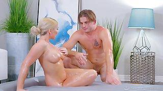 Busty bazaar MILF wants the masseur inside her