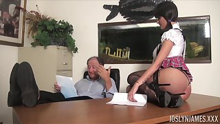 Sexy coed gets an A grade be useful to fucking her old professor