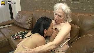 Hairy Granny Getting Licked Off out of one's mind A Hot Young Fruity Babe - MatureNL
