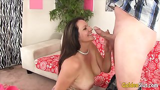 Golden Slut - Matured GFs Hugging Cock With Their Lips Compilation