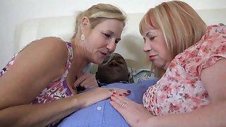 Interracial Threesome Pt1 - TacAmateurs