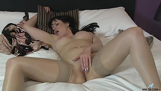 Brunette MILF Tanya Cox takes off their way clothes to masturbate