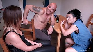 Insolent women share older man's big penis be incumbent on a correct residence trine