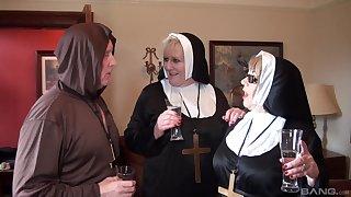 Nuns fuck far the monk in illogical threesome fetish