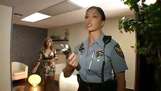 A obese bust jurisdiction officer fucks a thief