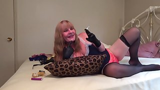 Sultry Temptress Leather Gloved Smoker - TacAmateurs